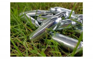 Nitrous oxide canisters